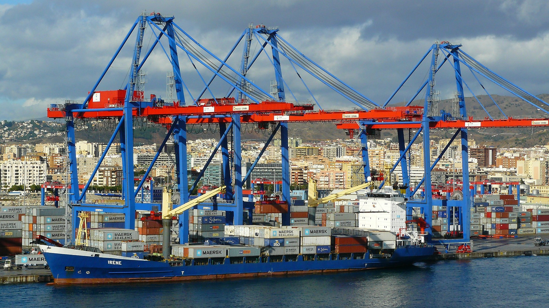 Optimum Number of Freight Forwarders for Chemical Exporters