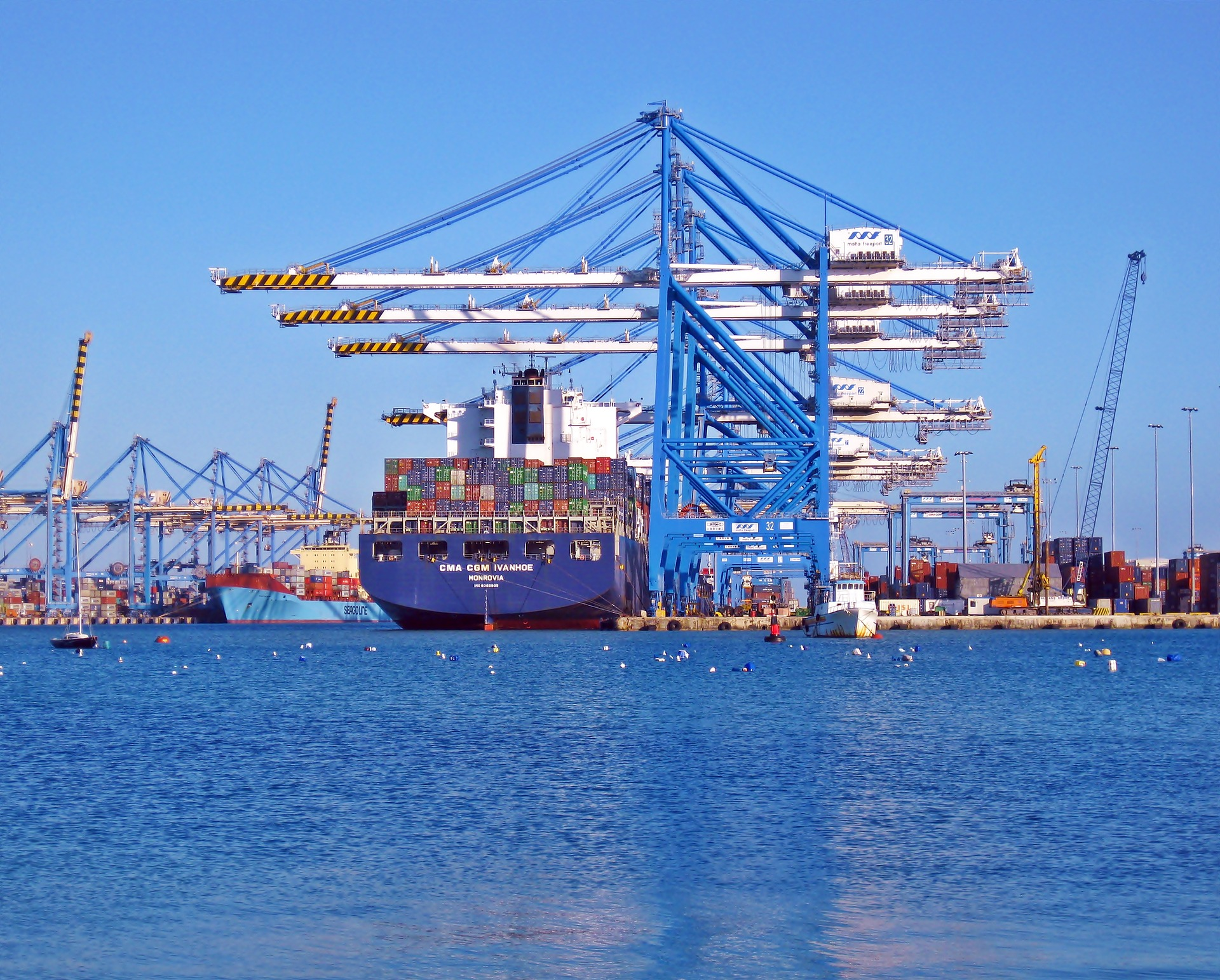 Increase Customer Satisfaction in Logistics
